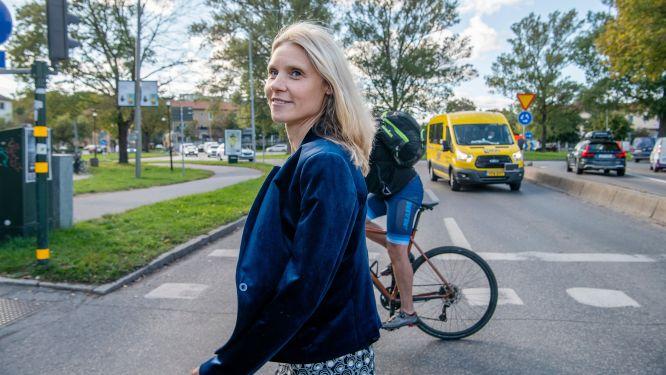 Maria Börjesson, professor i transportekonomi, varnar för att den stora satsningen på ny järnväg kan leda fel.