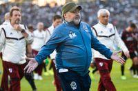 Maradona skrivs ut från sjukhuset, men kommer läggas in på en rehabklinik. Arkivbild.