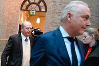 Före detta jordbruksminister Eskil Erlandsson och försvarsadvokat Johan Eriksson i tingsrätten.
