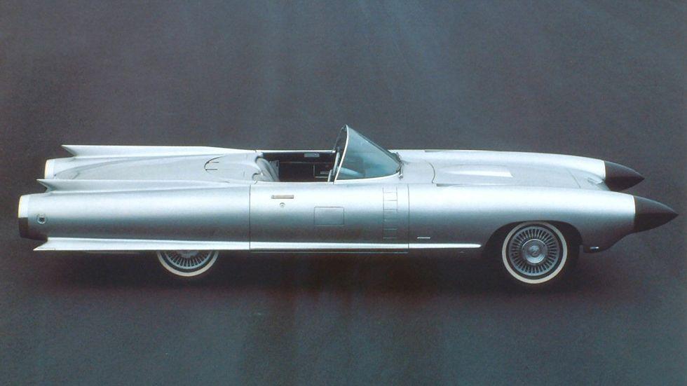 Harley Earls konceptbil Cadillac Cyclone från 1959 var bland annat utrustad med radar.