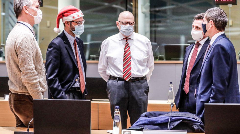 Förhandlingar i Bryssel under Juldagen.