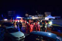 Sex personer omkom när en bilförare körde in i en grupp turister i samhället Lutago i Sydtyrolen i norra Italien natten till söndagen.