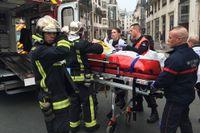 Beväpnade gärningsmän har stormat in på den franska satirtidningen Charlie Hebdos redaktion i centrala Paris. Elva är döda enligt fransk polis, uppger Reuters.