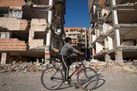 Iran är relativt ofta utsatt för jordbävningar. Här syns skadorna på byggnader i västra Iran efter ett skalv för två år sedan.