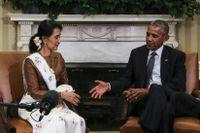 Både Aung San Suu Kyi och Barack Obama har tilldelats Nobels fredspris – och bägge är med på listan över mest kontroversiella utnämningar.