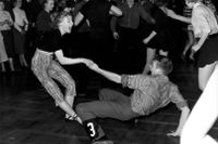 Par dansar loss på Nalen i Stockholm, 1957.