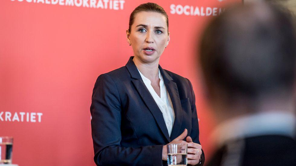 Danska Socialdemokraternas partiledare Mette Frederiksen presenterade en ny migrationspolitik på måndagen.