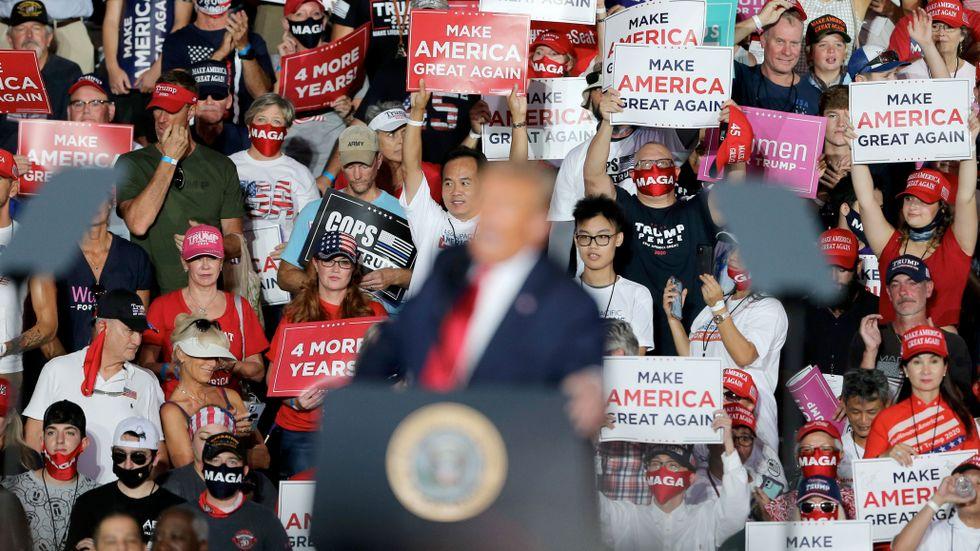 Tidigare i veckan höll Donald Trump sitt första kampanjframträdande efter insjuknandet i covid-19, i Sanford, Florida.