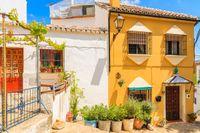 Gamla stan i andalusiska Ronda. Spanien står högt i kurs bland soldyrkande svenskar.