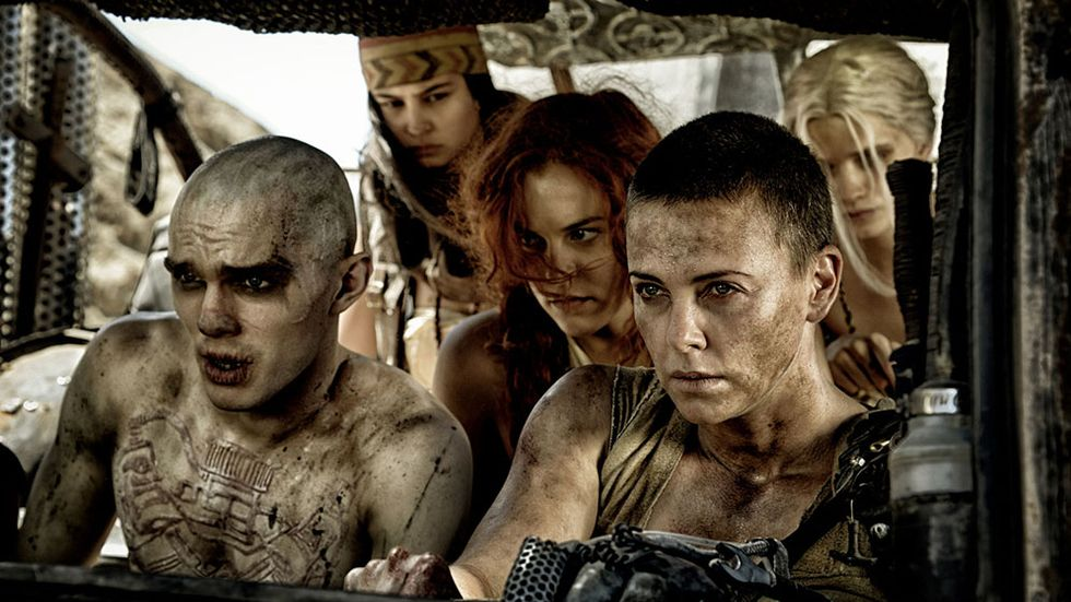 Mad Max: Fury Road med Charlize Theron och Tom Hardy.
