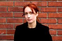 Måndag 23 juni. Nathalia Edenmont. Fotokonstnär, 44 år. Född på Krim, Ukraina, bor i Stockholm. Debuterar som sommarvärd.