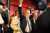 Oberoende kandidaten Alexander Van der Bellen på sista valmöte. Han stöds av Österrikes kulturskapande och vänsterliberala väljare.