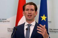 Österrikes tidigare förbundskansler Sebastian Kurz (ÖVP) kan fortsätta att leda landet sedan partiet och De gröna enats om att bilda regering. Arkivbild