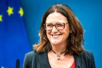 Cecilia Malmström går till final i kampen om topposten för mäktiga OECD.