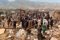 Förödelse i Charikar dagen efter de kraftiga översvämningar som tagit många liv.