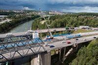 Osäkerhet råder kring när Södertäljebron kommer vara reparerad.