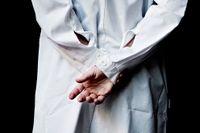 I den holländska lagen om eutanasi står att inte bara patienten själv utan även läkaren måste vara övertygad om att patientens lidande är outhärdligt, skriver artikelförfattaren.