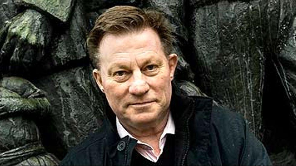 Regeringen fegar ut och vågar inte ta sitt ansvar, skriver Claes Borgström.
