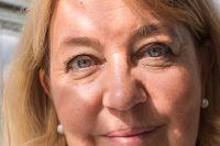 Annika Creutzer anser att det bästa sättet att få ihop en buffert är att avstå från konsumtion.