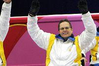Jalle Jungnell, Bernt Sjöberg och Anette Wilhelm efter bronsmatchen i paralympics i Turin 2006.
