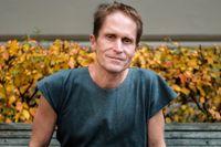 """Peter Høeg (född 1957) debuterade 1989 med romanen """"Föreställning om det 20:e århundradet""""."""
