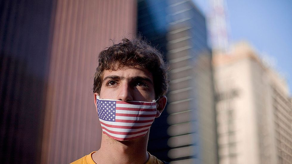 Protest i Sao Paulo mot Brasiliens beslut att inte bevilja Snowden asyl.