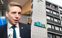 Finansmarknadsminister Per Bolund vill prata med Ebba Lindsö med anledning av turerna kring bolagets fondförvaltning.