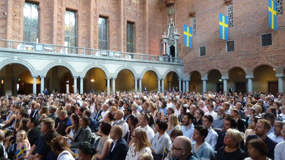 Medborgarskapsceremoni i Stadshuset. Flera partier vill koppla medborgarskap till krav på språkfärdigheter.