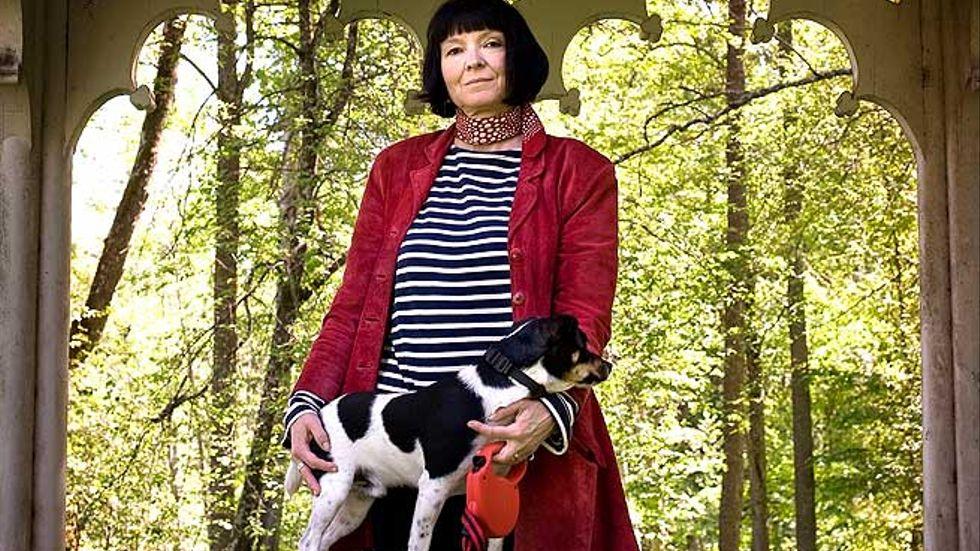 """Anneli Jordahl, född 1960, är författare och litteraturkritiker. Förutom romaner har hon skrivit faktaböcker, bland annat """"Klass - är du fin nog?"""" (2003) och en barnbok."""