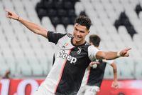 Juventus Cristiano Ronaldo firar mot Lazio.
