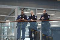 Beredskapen har höjts på flygplatsen Helsingfors-Vanda efter dådet.