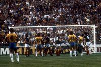 Tidernas vackraste frisparksmål i ett VM? Brasiliens lag 1982 svarade för många läckerheter.
