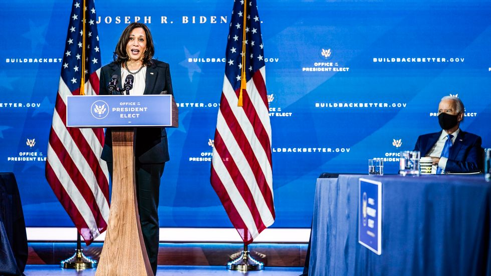 Tillträdande vicepresidenten Kamala Harris och tillträdande presidenten Joe Biden.