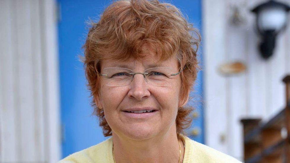Britta Flinkfeldt (S) i Arjeplog svarar Irene Svenonius (M) i Stockholm om skatteutjämningen.