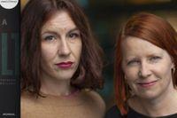 Lisa Röstlund och  Anna Gustafsson är journalister på Dagens Nyheter. Deras granskning av Nya Karolinska har nu blivit en bok som bland annat har nominerats till Stora Journalistpriset.