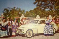 Årsmodellen kan ringas in till 1957, modellen den allra sista PV444 (modellserie L) innan PV544 lanserades i augusti 1958, och då bland annat fick hel vindruta. Färgen kallades Californiavit.