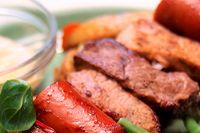 Mängden grönsaker måste öka och mängden kött måste minska – om det ska vara bra för vår hälsa och planeten.