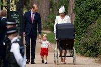 Nio veckor gamla prinsessan Charlotte har nu blivit döpt i Storbritannien.