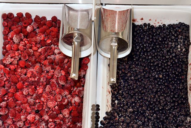 Frysta importerade hallon har visat sig vara en källa till hepatit A och kräksjukevirus.