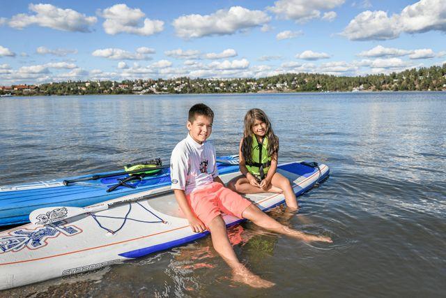 Elias och Ella började paddla för två år sedan.