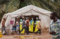 Sjukvårdspersonal i Sierra Leone, 9 augusti.