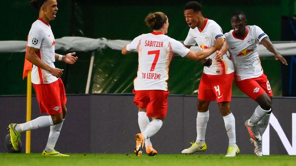 Leipzigs Tyler Adams firar sitt mål mot Atlético Madrid.