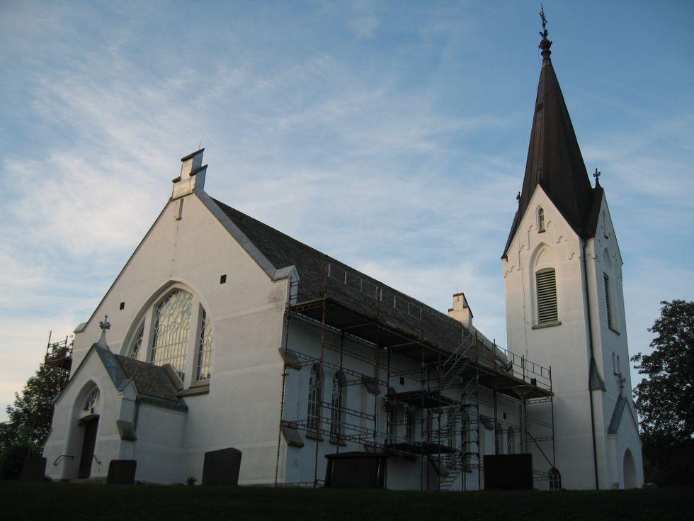 Edsleskogs kyrka som den ser ut idag.