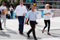 Moderaternas partisekreterare Gunnar Strömmer, partiledare Ulf Kristersson och ekonomisk-politiska talesperson Elisabeth Svantesson efter att ha presenterat sitt valmanifest under lördagen.