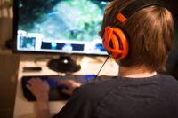 """""""Barn som spelar flera timmar varje dag får inte en normal utveckling"""" säger WHO:s generaldirektör-"""