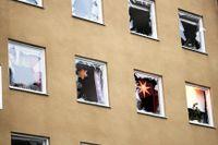 Ett flerfamiljshus på Gyllenstiernsgatan på Östermalm i Stockholm har fått omfattande skador vid en kraftig explosion. Inga uppgifter finns om skadade, men den drabbade fastigheten har evakuerats.