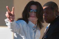 Michael Jackson vid en rättegång 2005. Arkivbild.