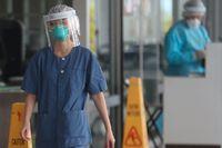 Vårdpersonal på ett sjukhus i Hongkong. Arkivbild.