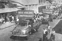 Kampen om ett självständigt Mauritius ledde till att landet blev autonomt 1968. Ändå lever spänningarna   kvar i samhället, vilket den mauritiska författaren Ananda Devi lyckas gestalta i sin litteratur.