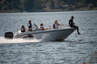 En ny forskningsrapport har påvisat många miljöstörande ämnen i Sveriges tre största sjöar : Vänern, Vättern och Mälaren. Arkivbild.